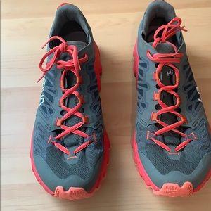La Sportiva Womens Helios III Size 42 EUR 10 US